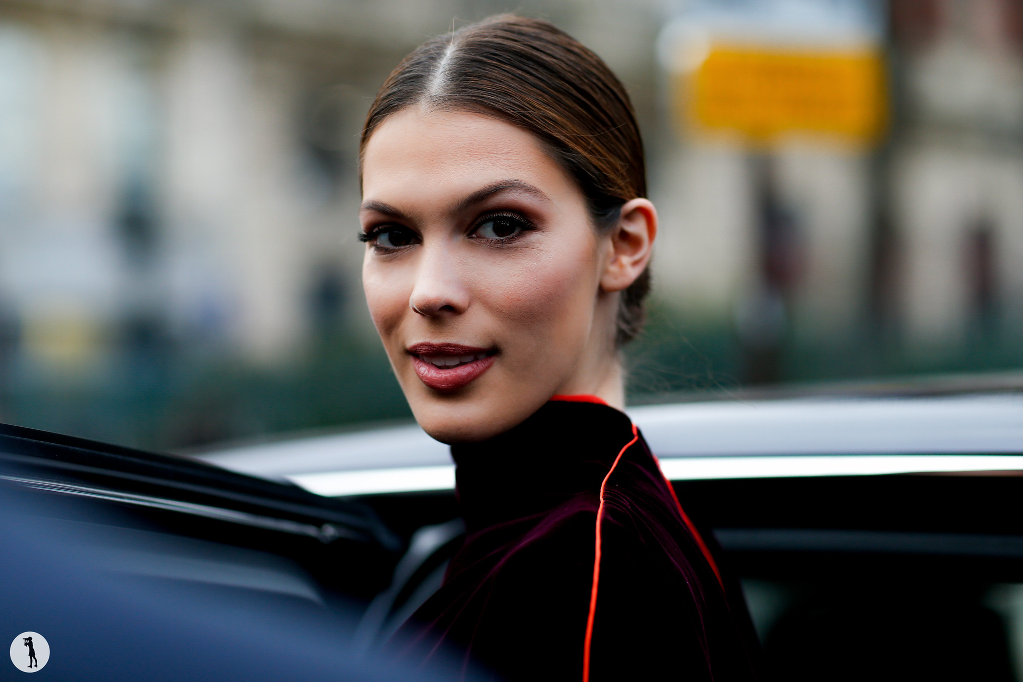 Iris Mittenaere - Paris Fashion Week Haute-Couture SS18 (1)
