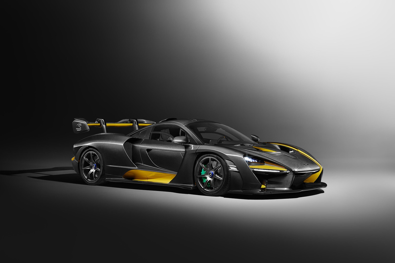 This is the McLaren Senna – 'Carbon Theme'