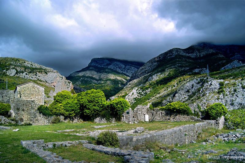 Руины кафедрального собора