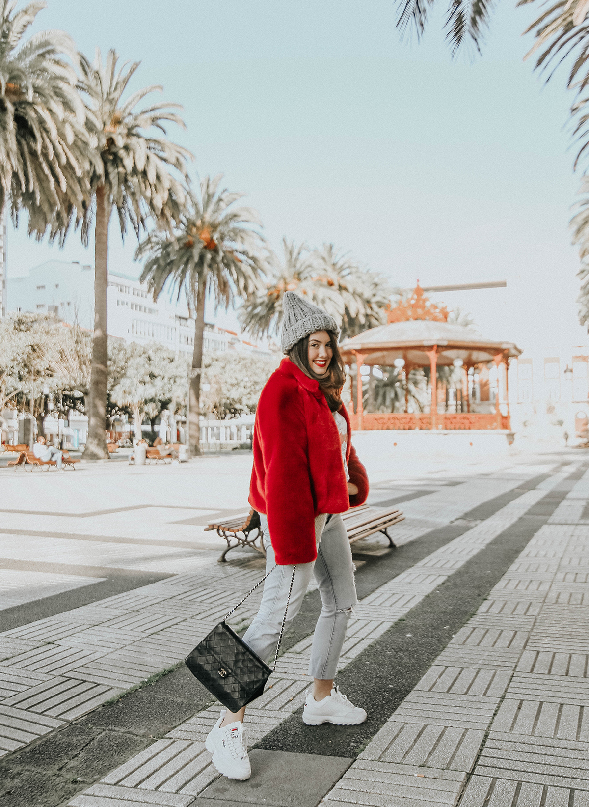 abrigo-pelo-rojo-levis-skinny-501-look-streetstyle-myblueberrynightsblog10
