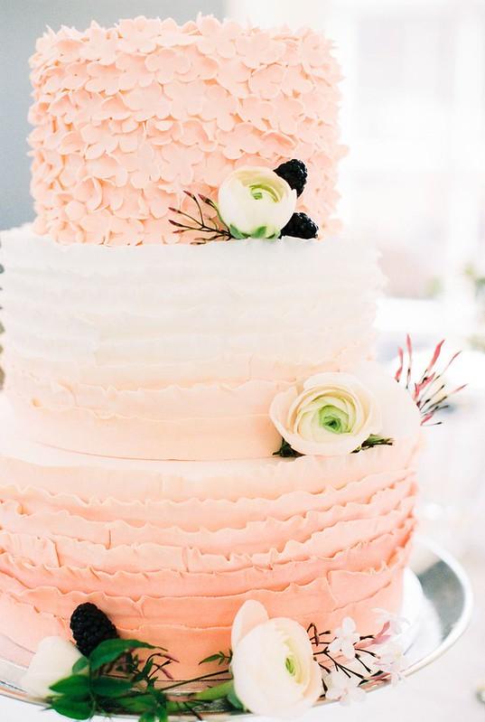 Wedding Cakes : Pink ombre #cake | Photography: Anouschka Rokebrand - anouschkarokebran...  Read...