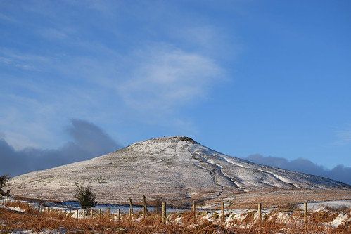 Sugar Loaf in the snow. (Working hard for high quality.)