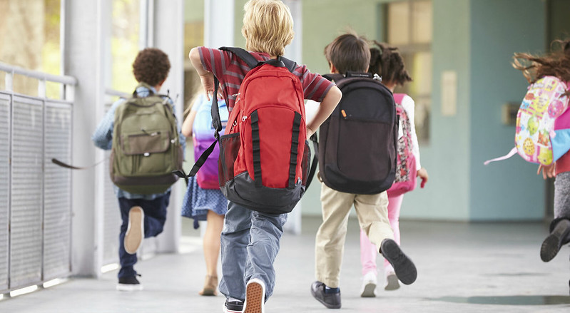 bambini-studenti-scuola
