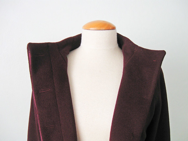 H coat front inside buttonhole view