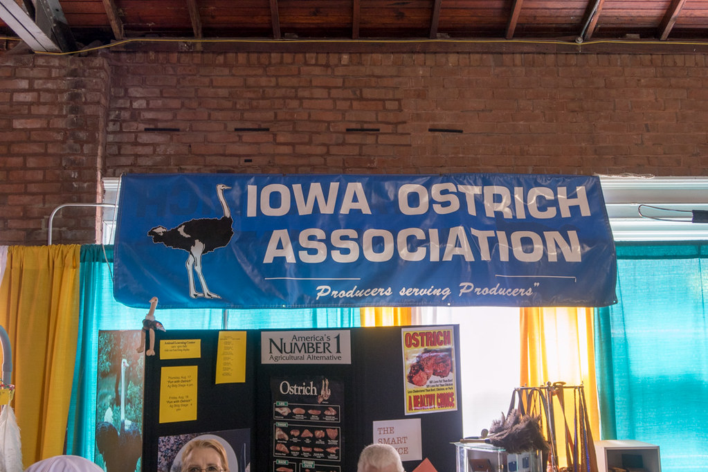 Iowa Ostrich Association booth