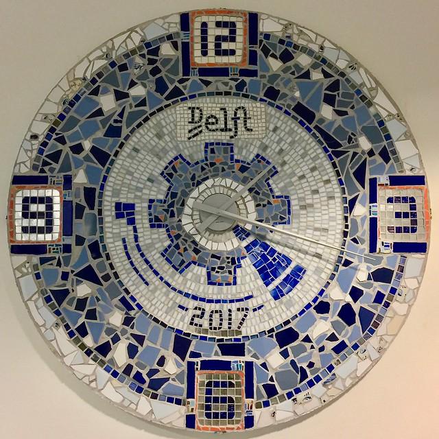 Mozaiek klok stadhuis Delft