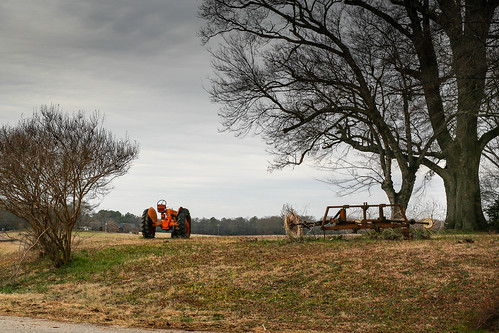 canon 6d sigma 50mm14 art lens townvillesc southcarolina upstate tractor rural southern country farm machinery yard southernlife scenic landscape