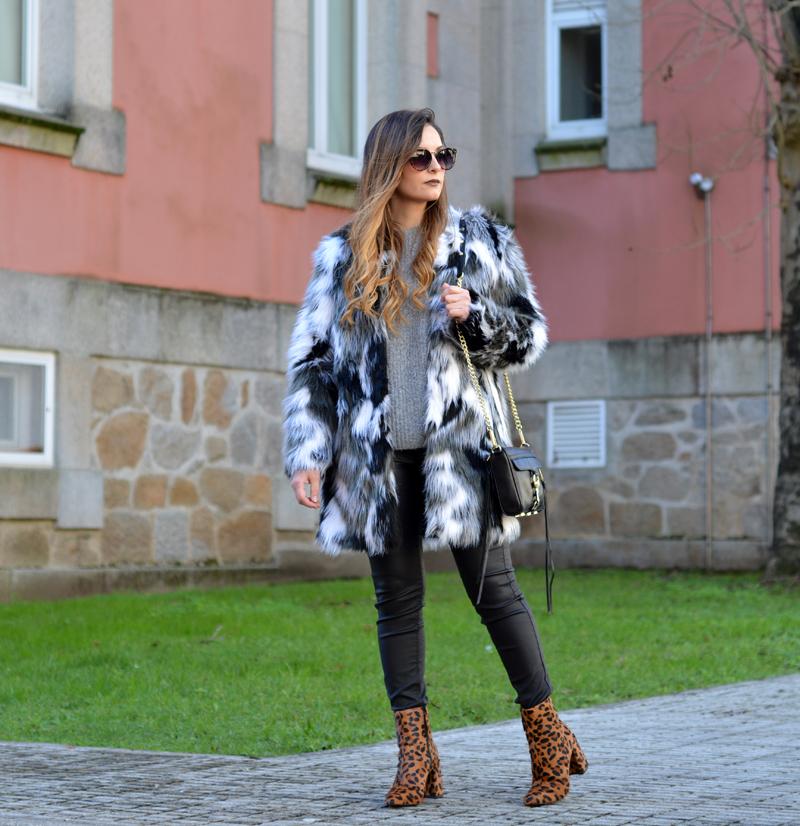 zara_shein_ootd_lookbook_fur coat_02