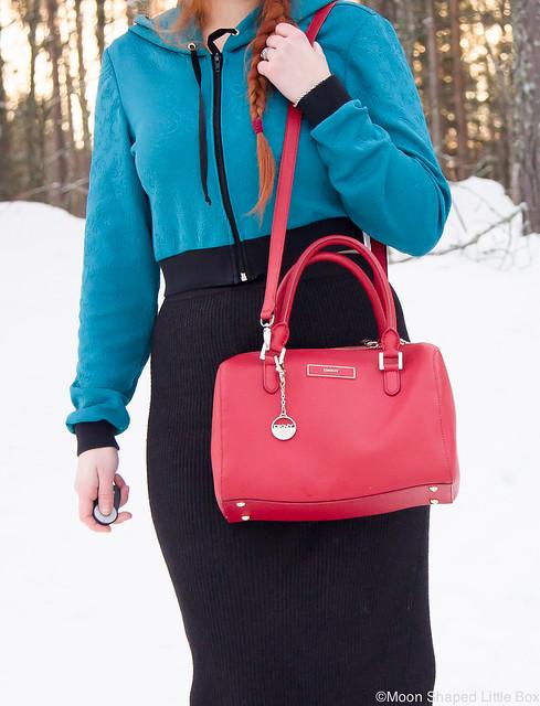 DKNYn laukku, arkilaukku, lyhyt huppari, kotimainen huppari