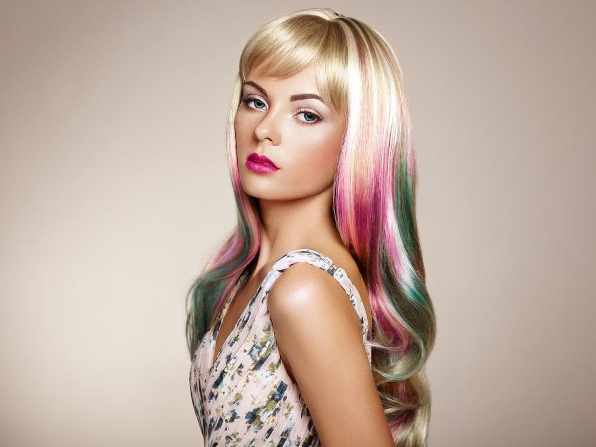 pixie with bangs haircut holographic hair colors how to get holographic hair 4663
