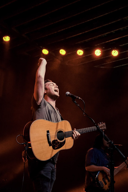 Phillip Phillips -26