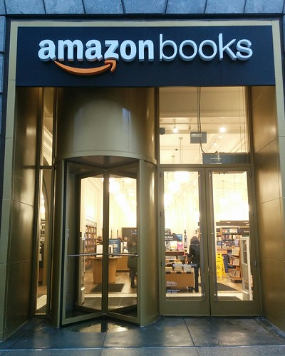 Amazon Books (1) #newyorkcity #newyork #manhattan #amazonbooks #shopping #bookstore #west34thstreet #west34th #latergram