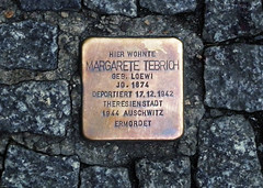 Photo of Margarete Tebrich brass plaque