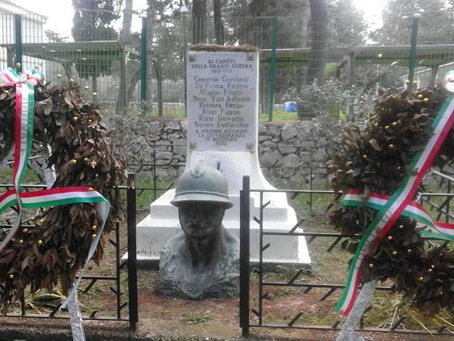 MONUMENTO MILITE IGNOTO ABBATTUTO MONTURSI