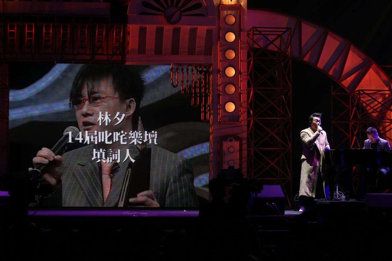 陳奕迅在今年叱吒頒獎禮上唱出多首得獎作品,為頒獎禮掀起高潮。(資料圖片)