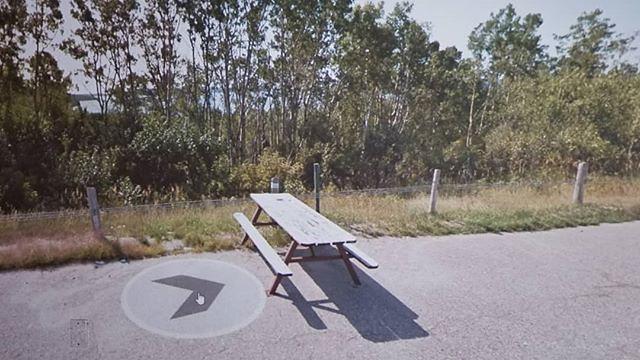 #googlemobile rests off the road. #ridingthroughwalls #picnic #xcanadabikeride #googlestreetview #ontario