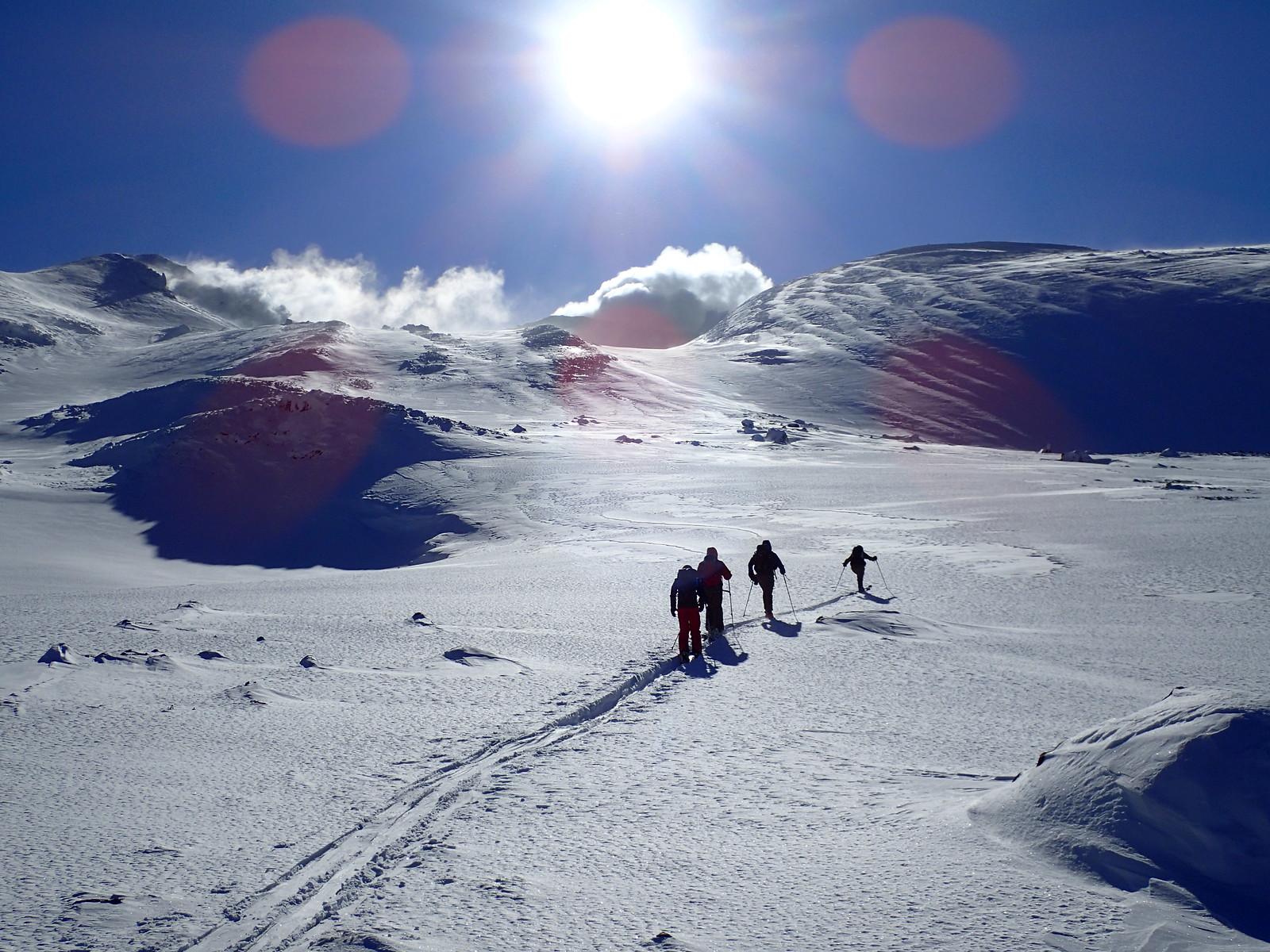 Mt. Maetokachi Taisho crater ski tour
