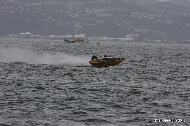 Powerboat racing, Wellington 4-2012 (65), Canon EOS 40D, Tamron SP 70-300mm f/4.0-5.6 Di VC USD