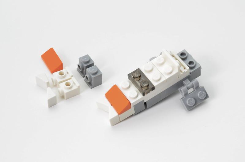 LEGO T-47 Snowspeeder - Micro Speeder Step 3