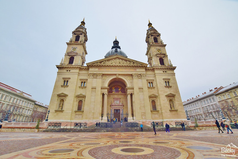 3 days in Budapest Hungary itinerary - St Stephen's Basilica