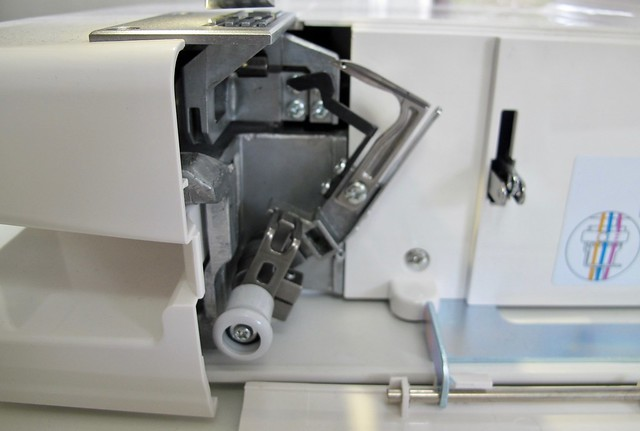 Janome Coverpro 2000cpx - threading