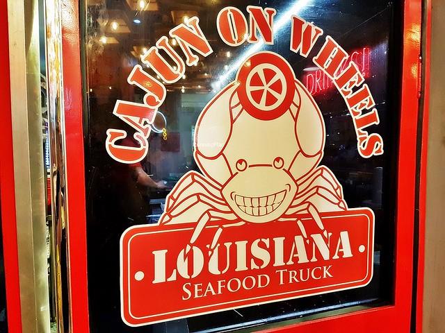 Cajun On Wheels Signage