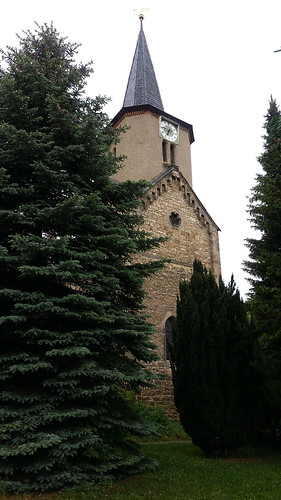 20170530 03 709 Regia Lissdorf Kirche TurmUhr Bäume