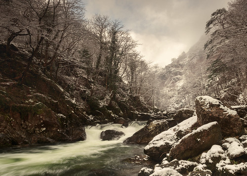 Winter in the Aberglaslyn Gorge