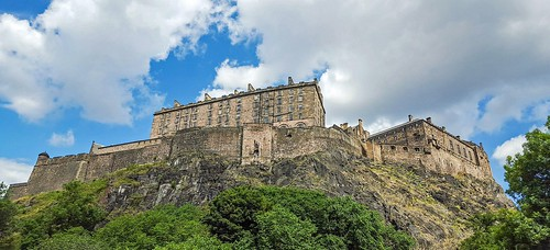 Edinburgh Castle. From Studying Abroad in London: 10 Places Not to Miss Like I Did, Part 1