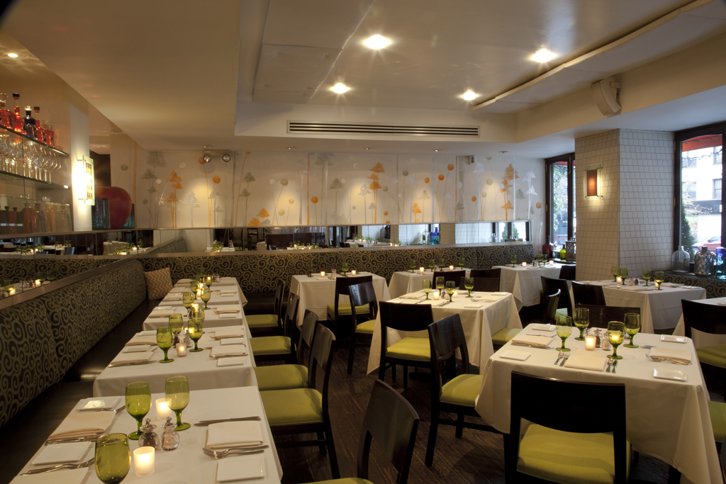 T-Bar Steak & Lounge interior -pc Tbar