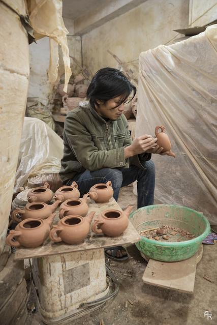 Pottery artisan