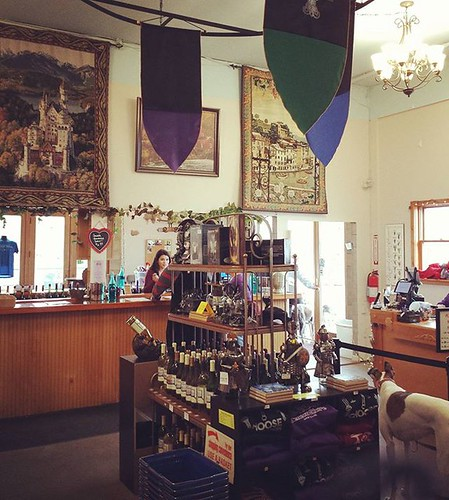 Seneca Shore Winery. This is our second visit here; we love their wines. The place is medieval-themed. Note the dee-oh-gee to the right! #senecashorewinery #fingerlakes #wine #winterhounds #grapehounds