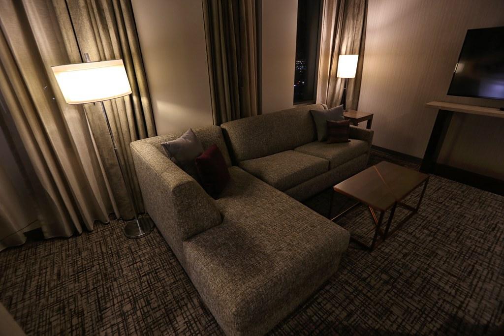 Hilton H Hotel LAX 24