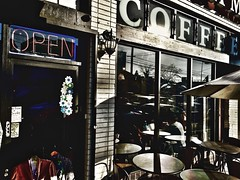 Echo Pk coffee shop in the sun