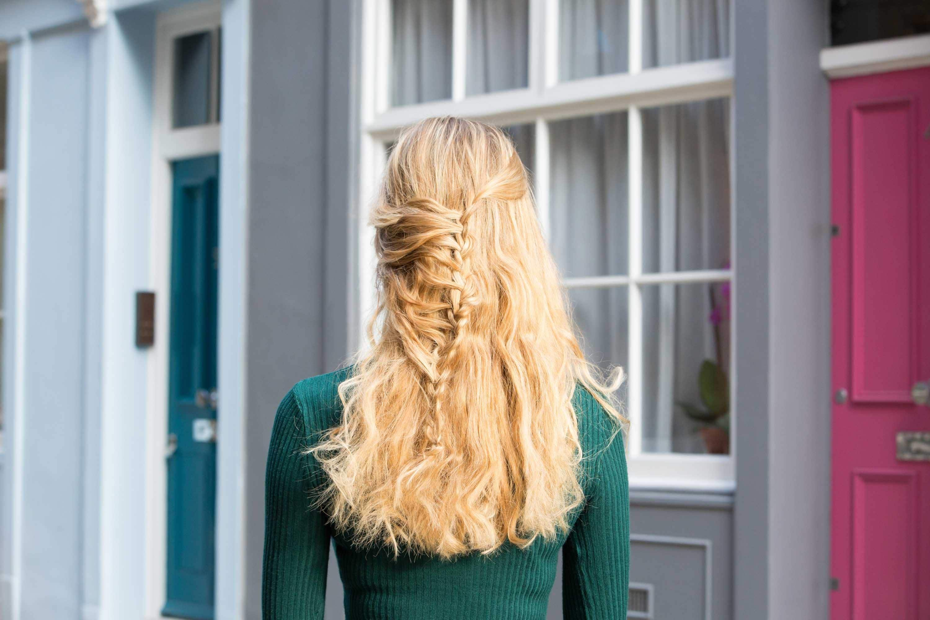 Gorgeous Valentine's Day Hairstyles For Long Thick Hair 2