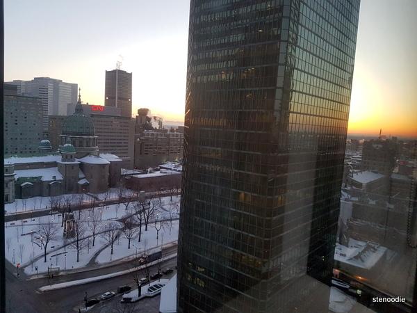 Le Centre Sheraton Montreal Hotel rooms views