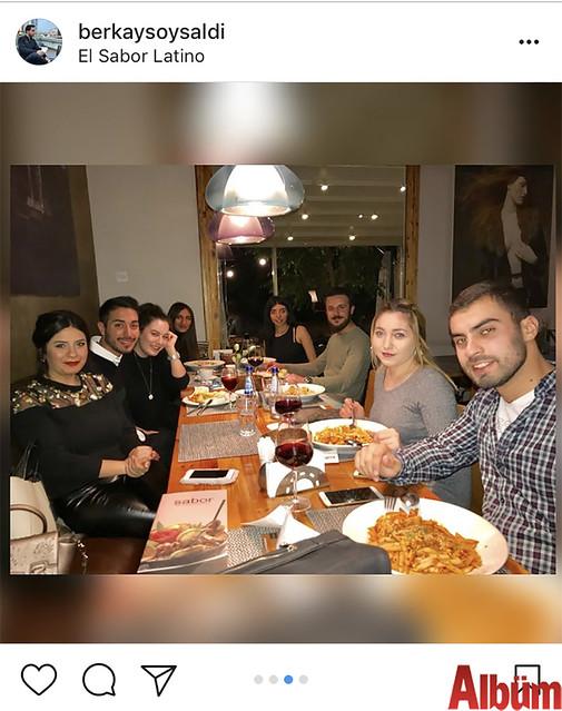 Berkay Soysaldı, yeni yaşını Kıbrıs'ta dostlarıyla birlikte kutladı.