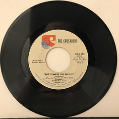 THE CRUSADERS:PUT IT WHERE YOU WANT IT(RECORD SIDE-A)