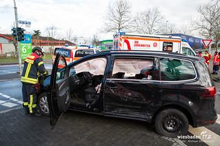 Verkehrsunfall Otto-Suhr-Ring/Wiesbadener Str 16.01.18