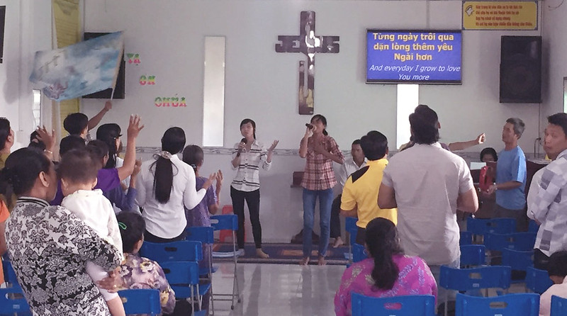 hội thánh Kiên Giang - gặp gỡ nhân sự cùng đoàn mục sư từ Hà Nội