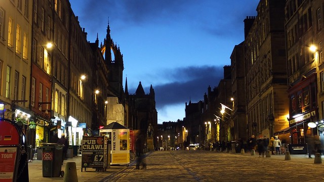 Royal Mile at Blue Hour, winter's night 01