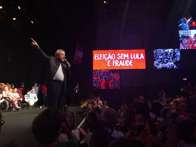 Artistas e intelectuais prestam apoio a Lula no Rio de Janeiro