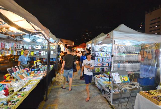 bangkok itinerary ratchada train night market