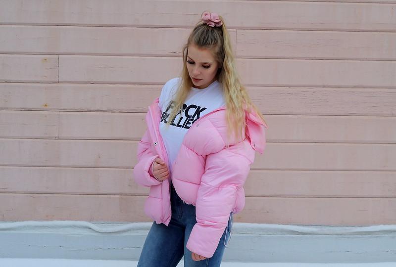 pinkki takki 8