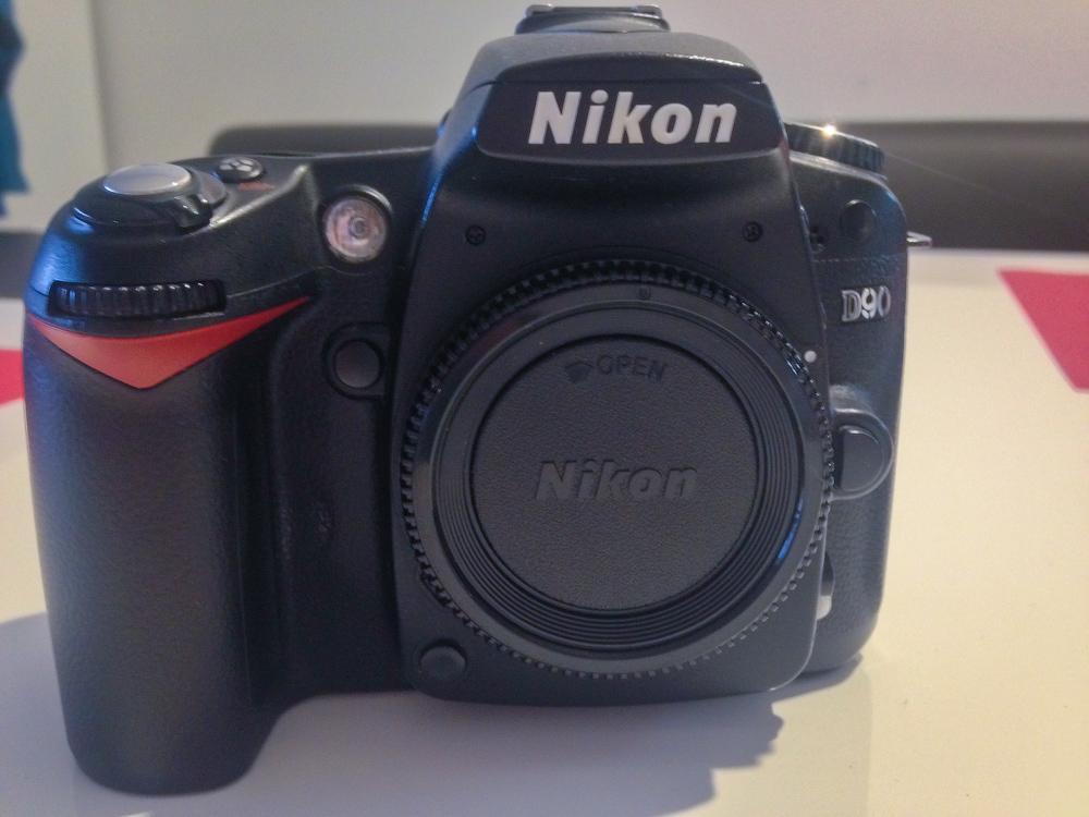 Nikon-(1)