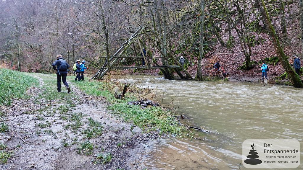 Überquerung des Üßbachs bei der Mühlenbach der Strotzbüscher Mühle