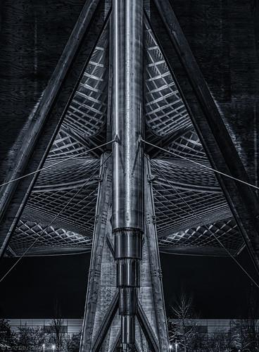 Roof, vertical