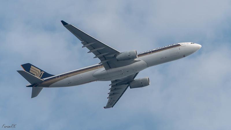 SIA A330 (9V-SSB) departing RW02, WSSS