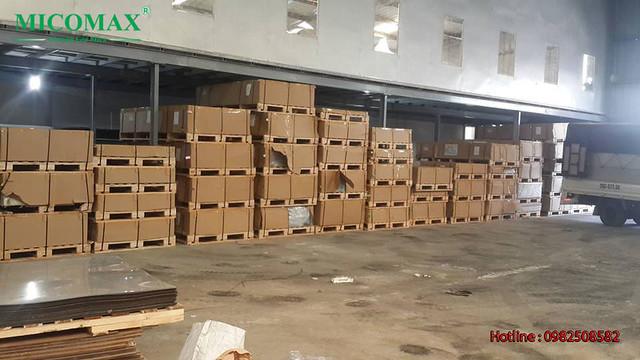 Mica Đài Loan - hàng nguyên kiện trong kho của đại lý Mica Đài Loan