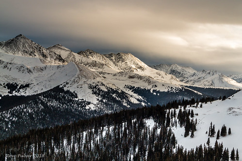 coppermountainresort copper tenmilerange colorado sunset light mountains snow winter coloradorockymountains skiing winterlandscape landscape coloradowinter summitcounty frisco